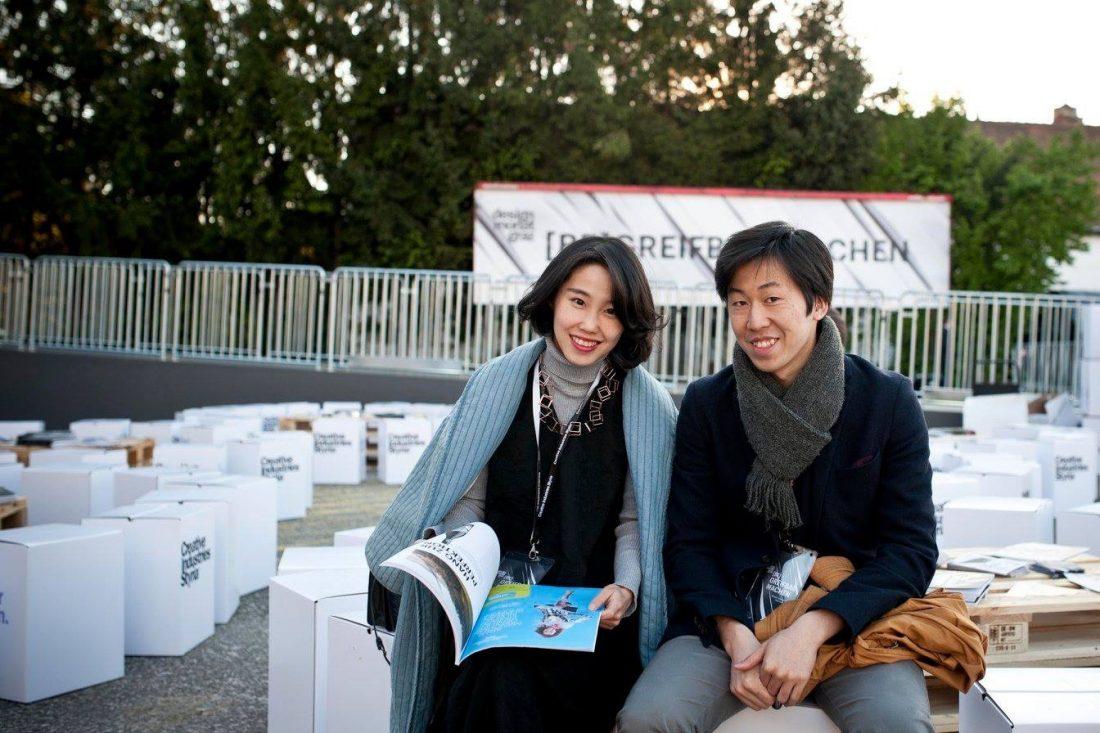 小情侣用火锅,刷新了外国人对中国货的看法