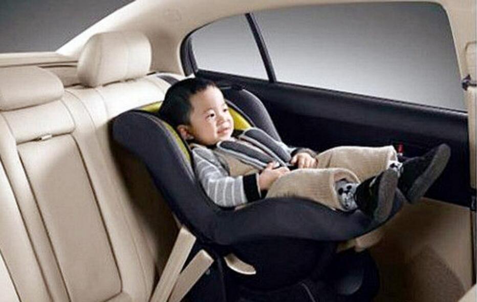 如何选择安全的儿童汽车座椅?这6点是关键。