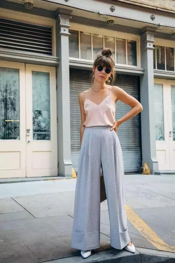 吊带+阔腿裤,才是2017最显瘦穿搭!