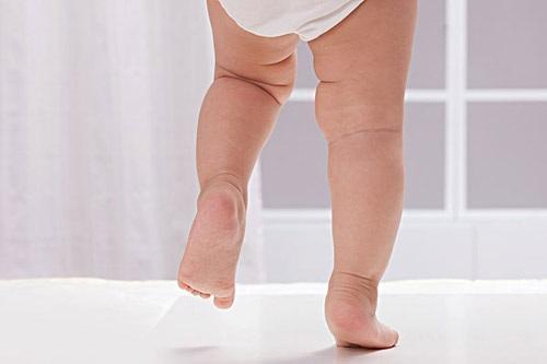 让娃未来长得高 保护腿型很重要