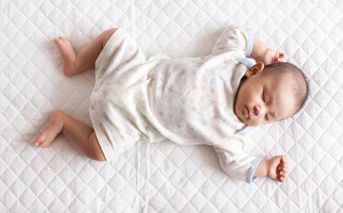 宝宝吹空调的注意事项 宝宝吹空调的危害 宝宝吹空调有哪些危害