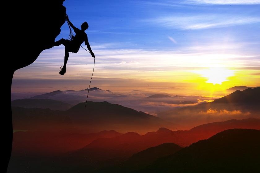 创业者的征途:登高莫问顶,途中耳目新