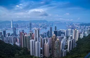 香港和广东经济总量_广东香港警方