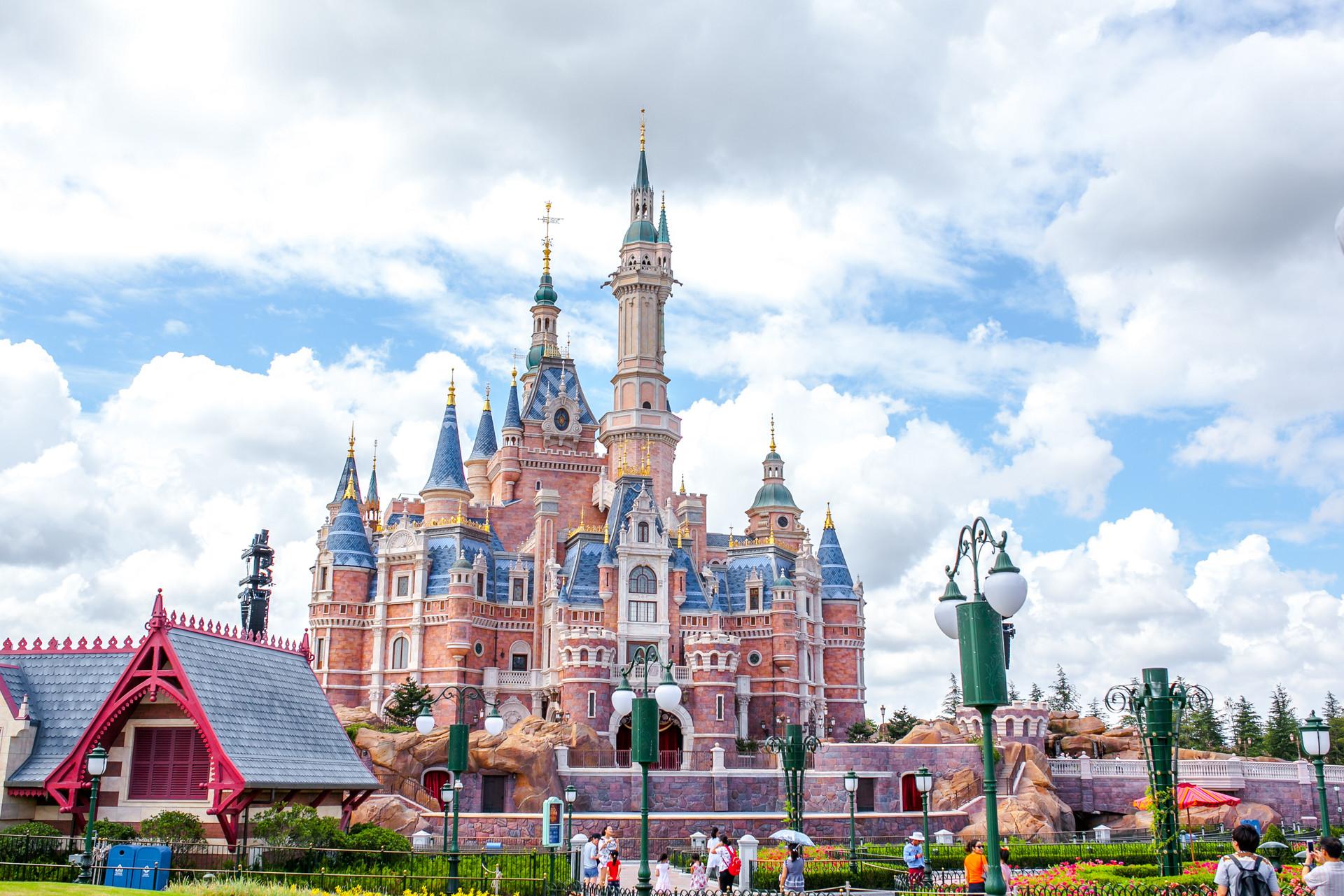 迪士尼:一個95年歡樂王國的商業方法論