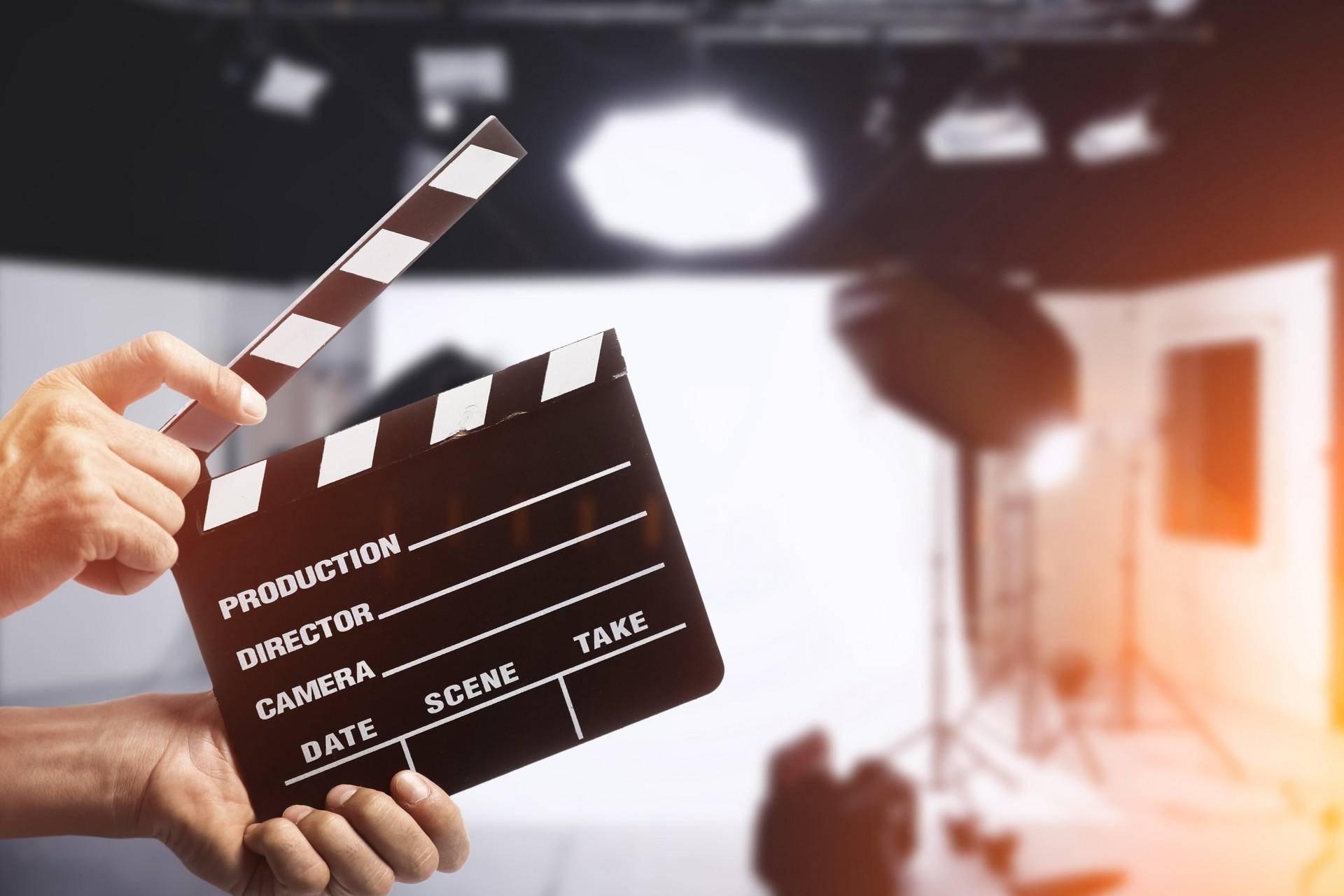 《复联4》破全球影史首轮公映票房纪录,超阿凡达!