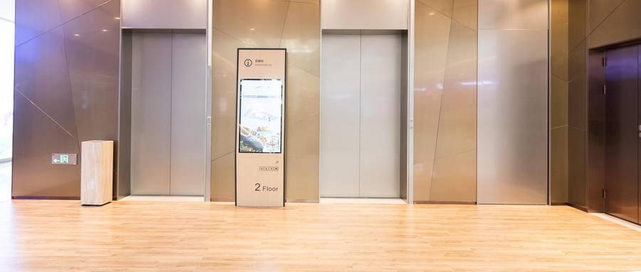 """电梯间的""""刷屏王"""",全力创新抢占商业市场"""